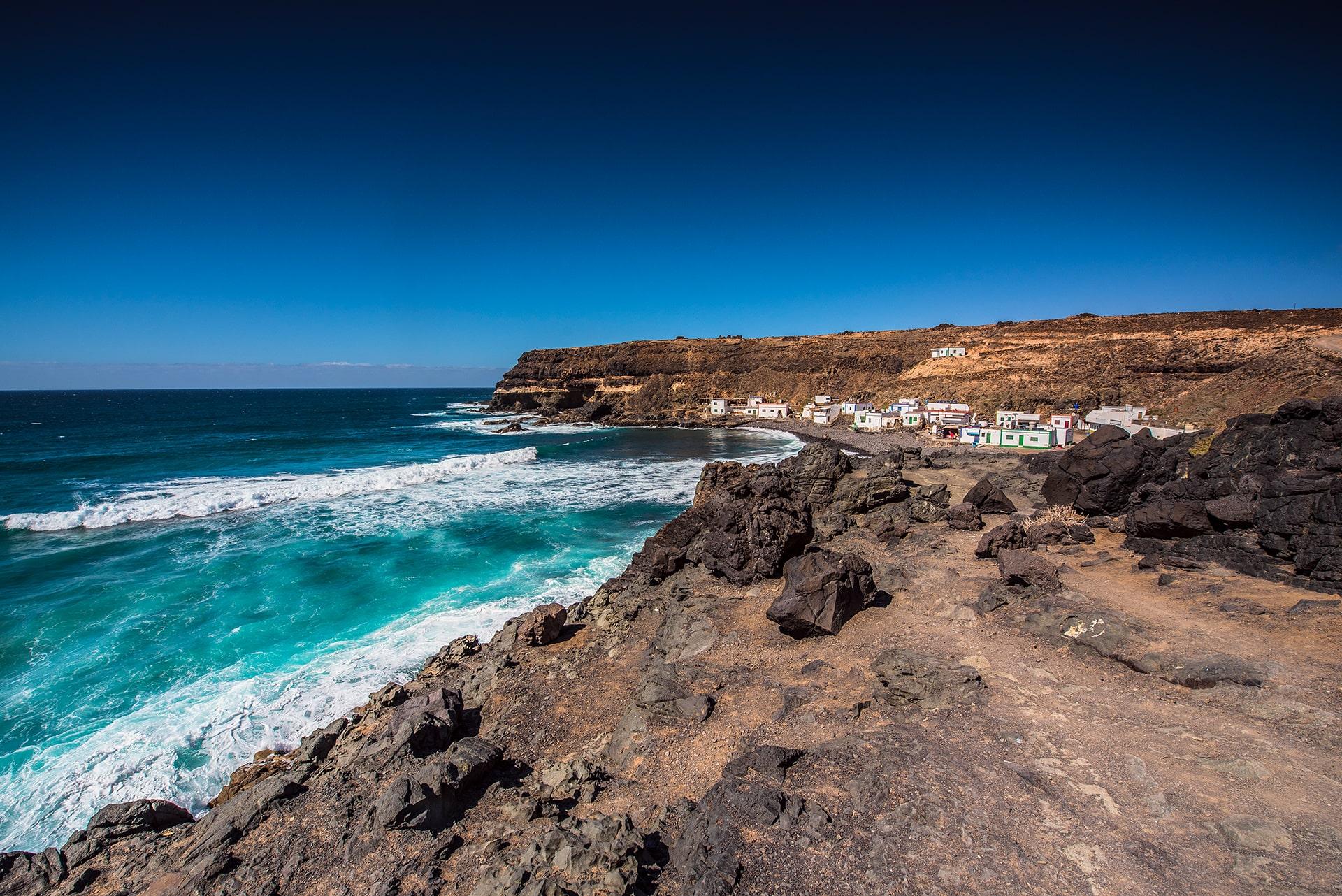 Blog Lifestyle - Les falaises à Fuerteventura - Suivre sa Joie - Saskia Parein