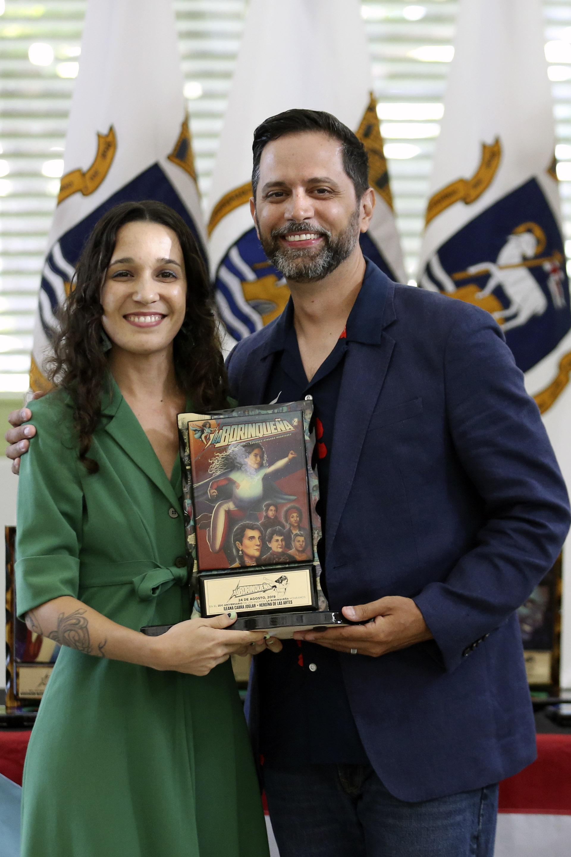 Ileana Cabra Joglar receives the 2019 La Borinqueña Heroína de las Artes Award