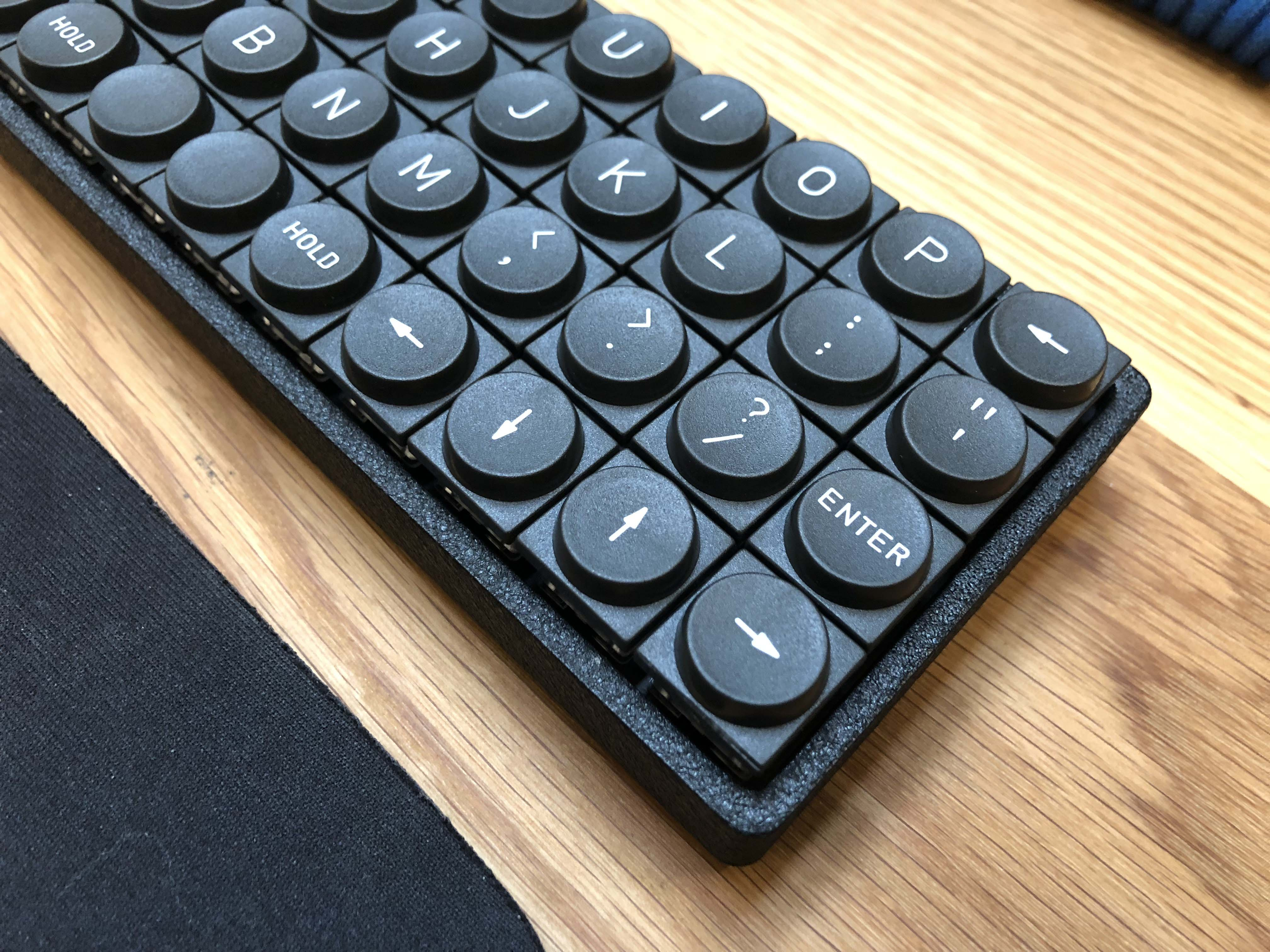 planck keyboard TeleType Z-Series delvin ortholinear round keys small keyboard