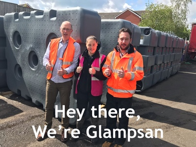 Thumbs up - Team Glampsan supporting your Glamp