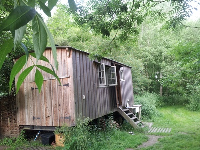 Top-tips to set up an off-grid glamping site