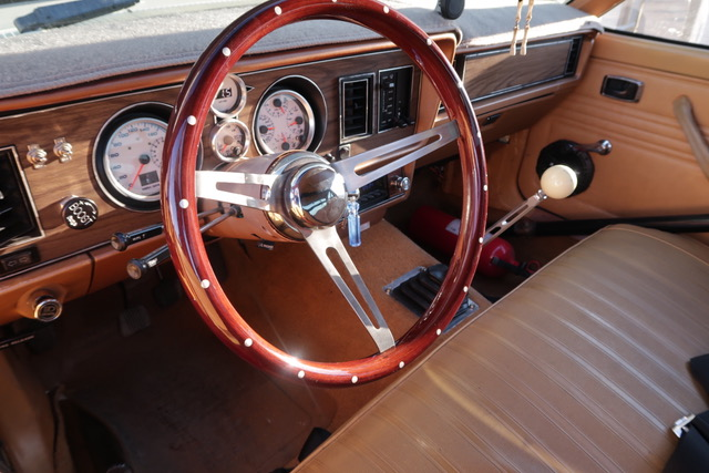 steering wheel in eric the car guy's turbo fairmont