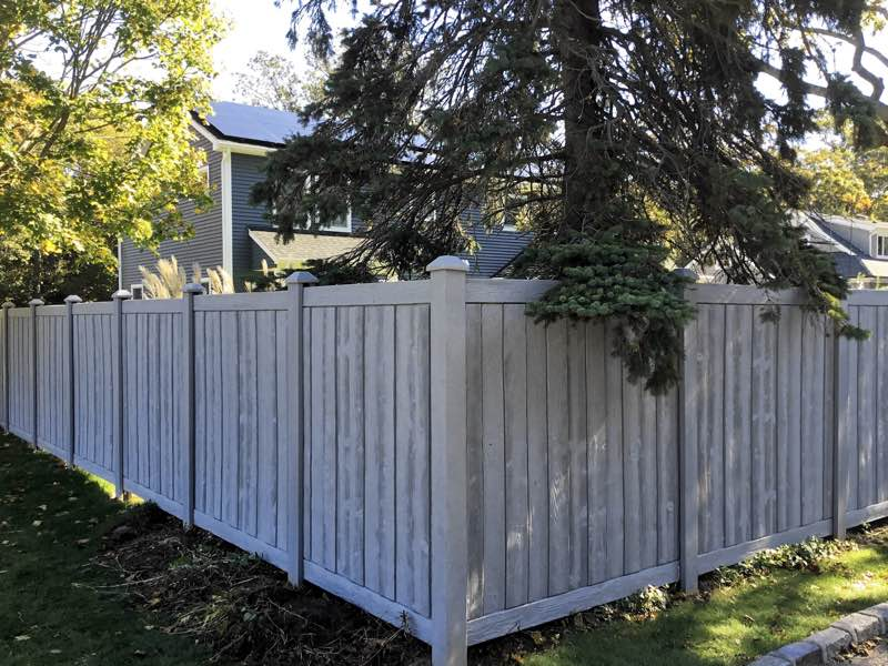 SimTek fence installed in Smithtown NY