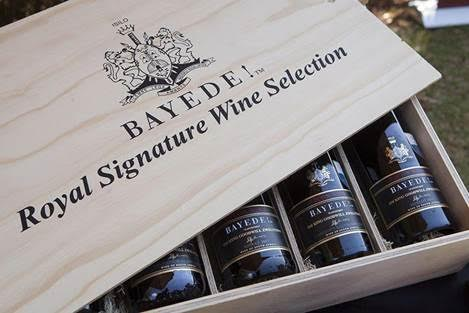 Bayede! Seven Icon Wooden Wine Gift Box