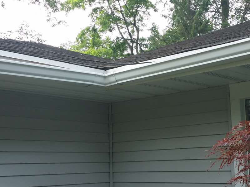 Gutter Whitening in Madison WI