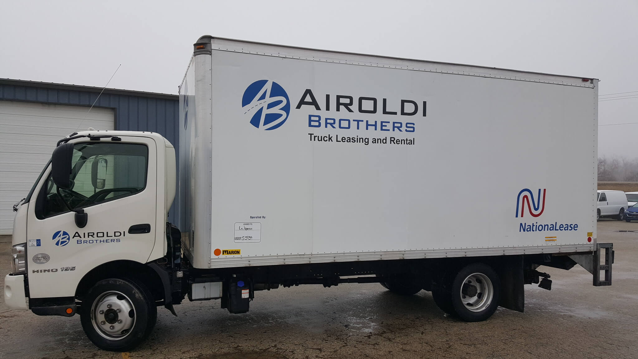 Box truck fleet graphics for Airoldi