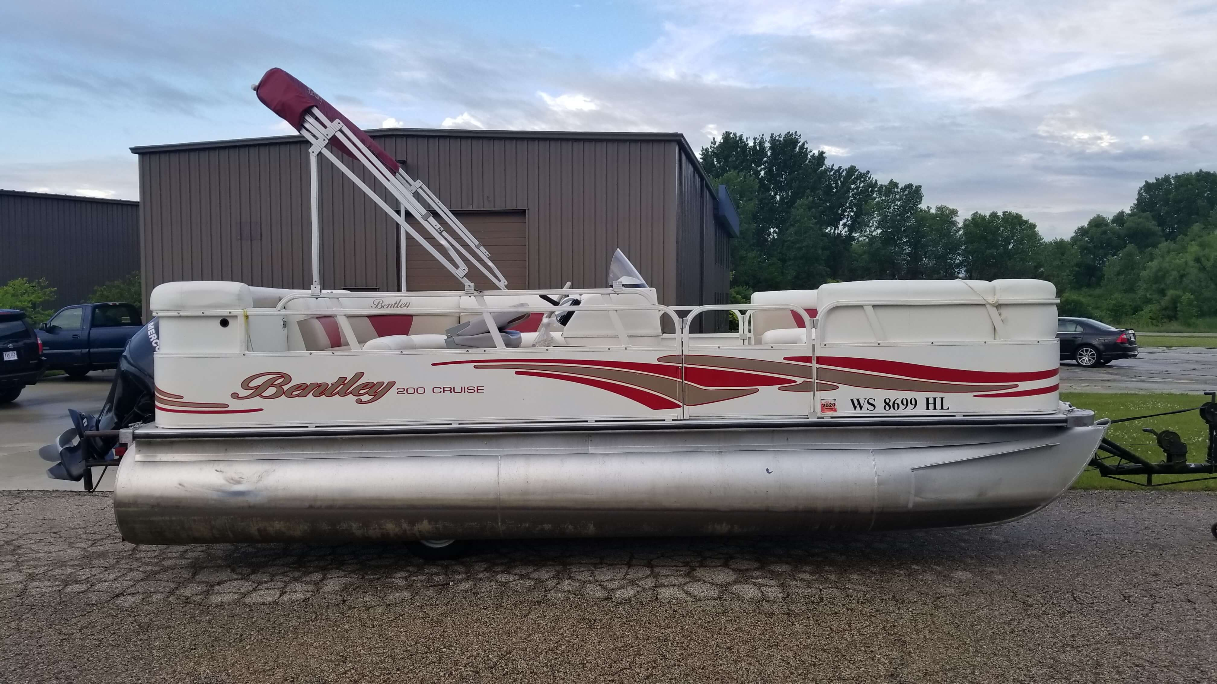 Milwaukee pontoon boat graphics
