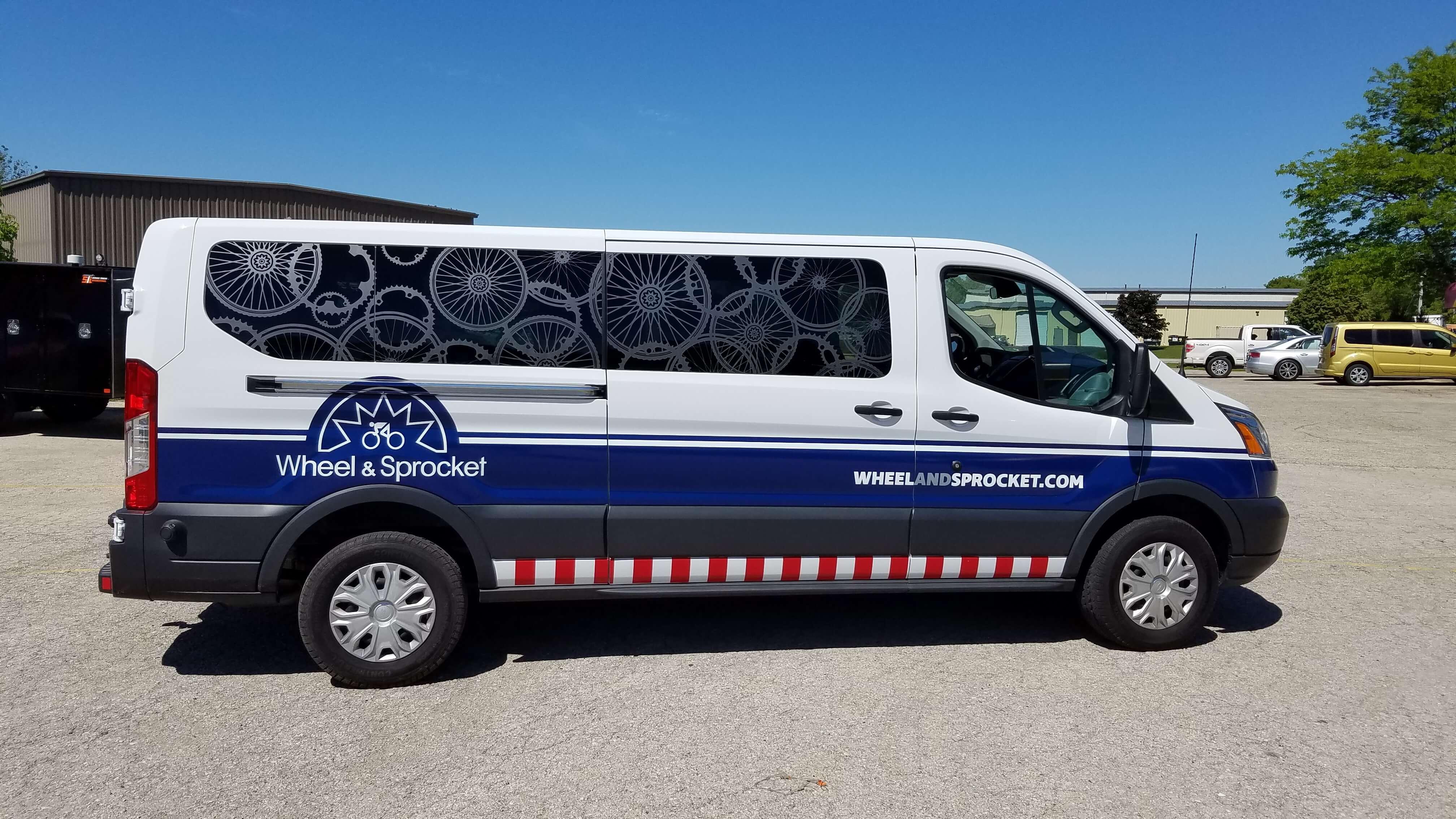 Wheel and Sprocket service vehicle full wrap