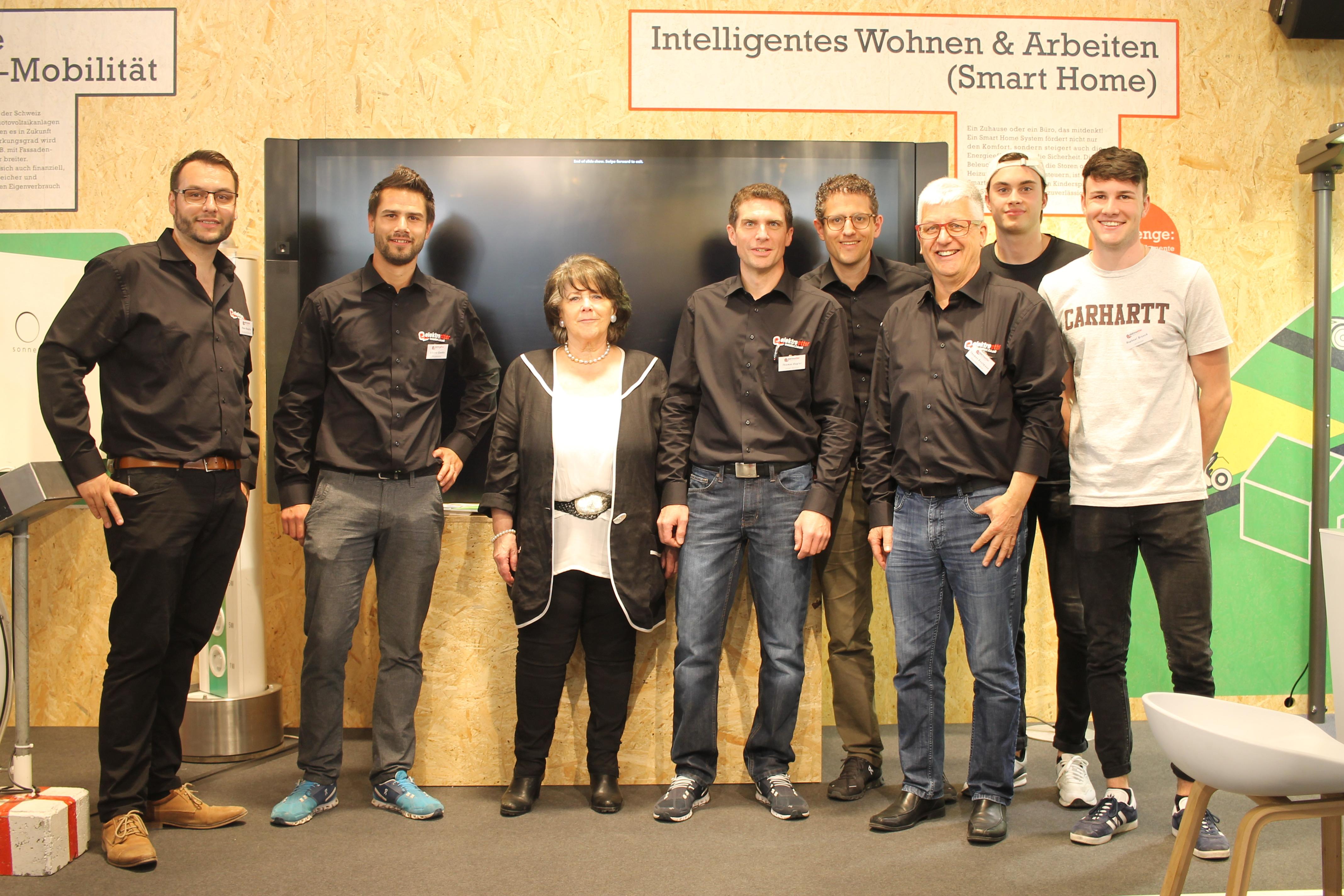 Standteam: Das Elektro Etter Standteam hat sich über die zahlreichen Besucher gefreut