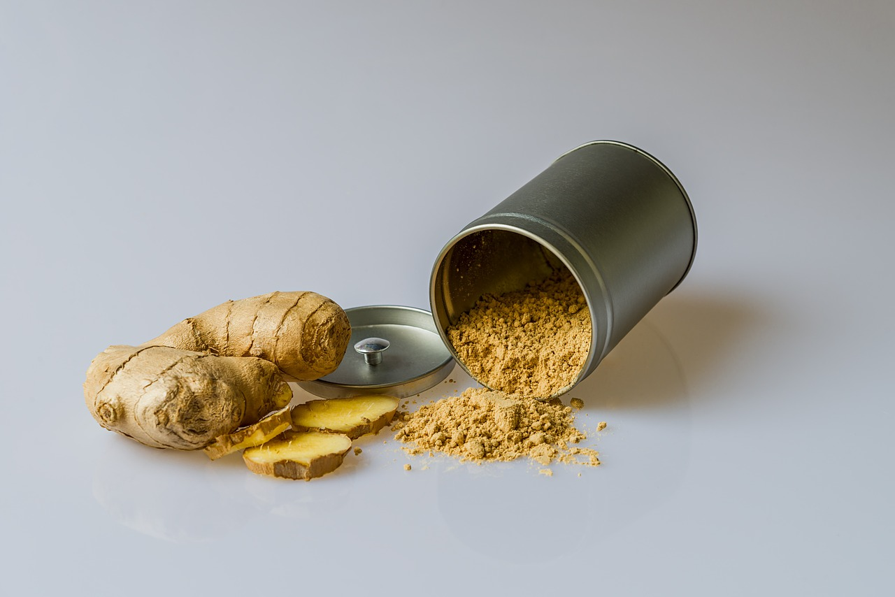ginger in root form and powder