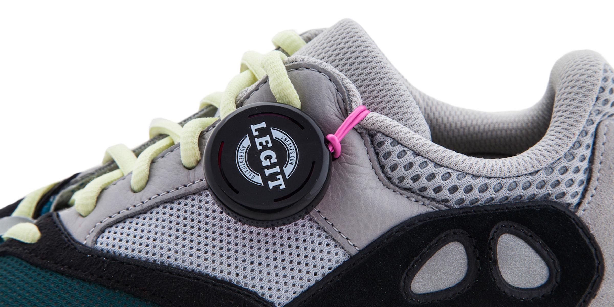 Sneaker Con Legit Tag