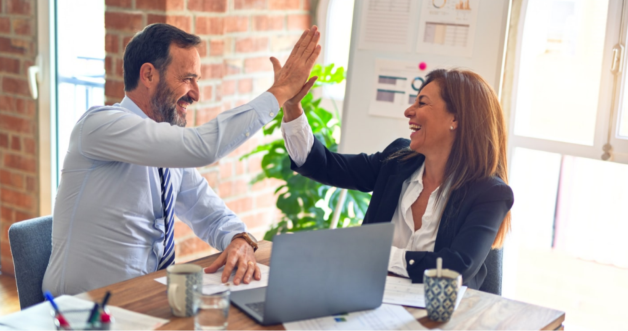 How can HR and managers work together for a better performing company?