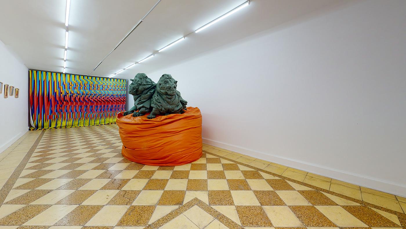 Sala de exposiciones de 80M2 Livia Benavides, Barranco. Lima, Perú