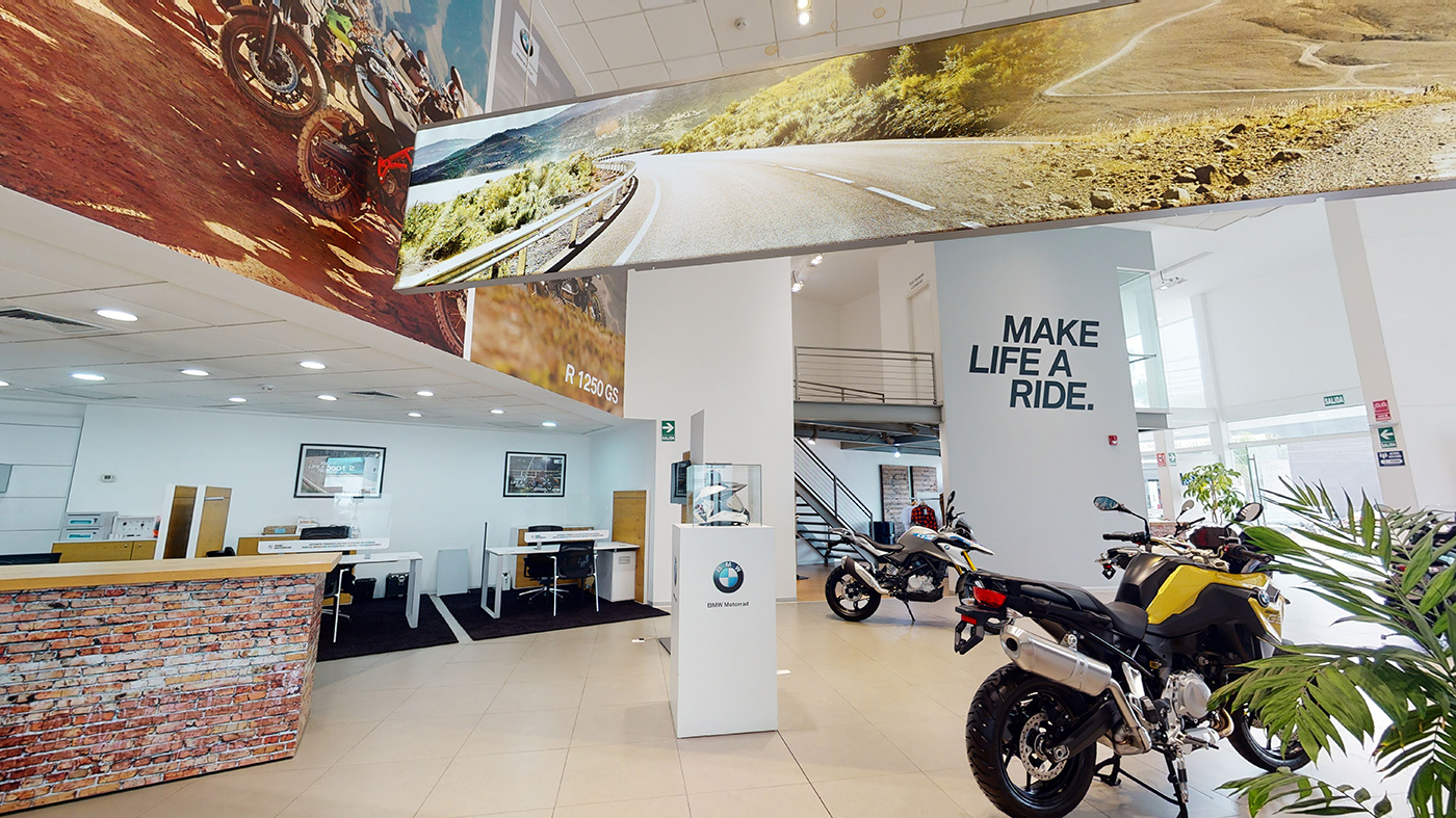 Showroom BMW Motorrad Perú, hall recorrido virtual