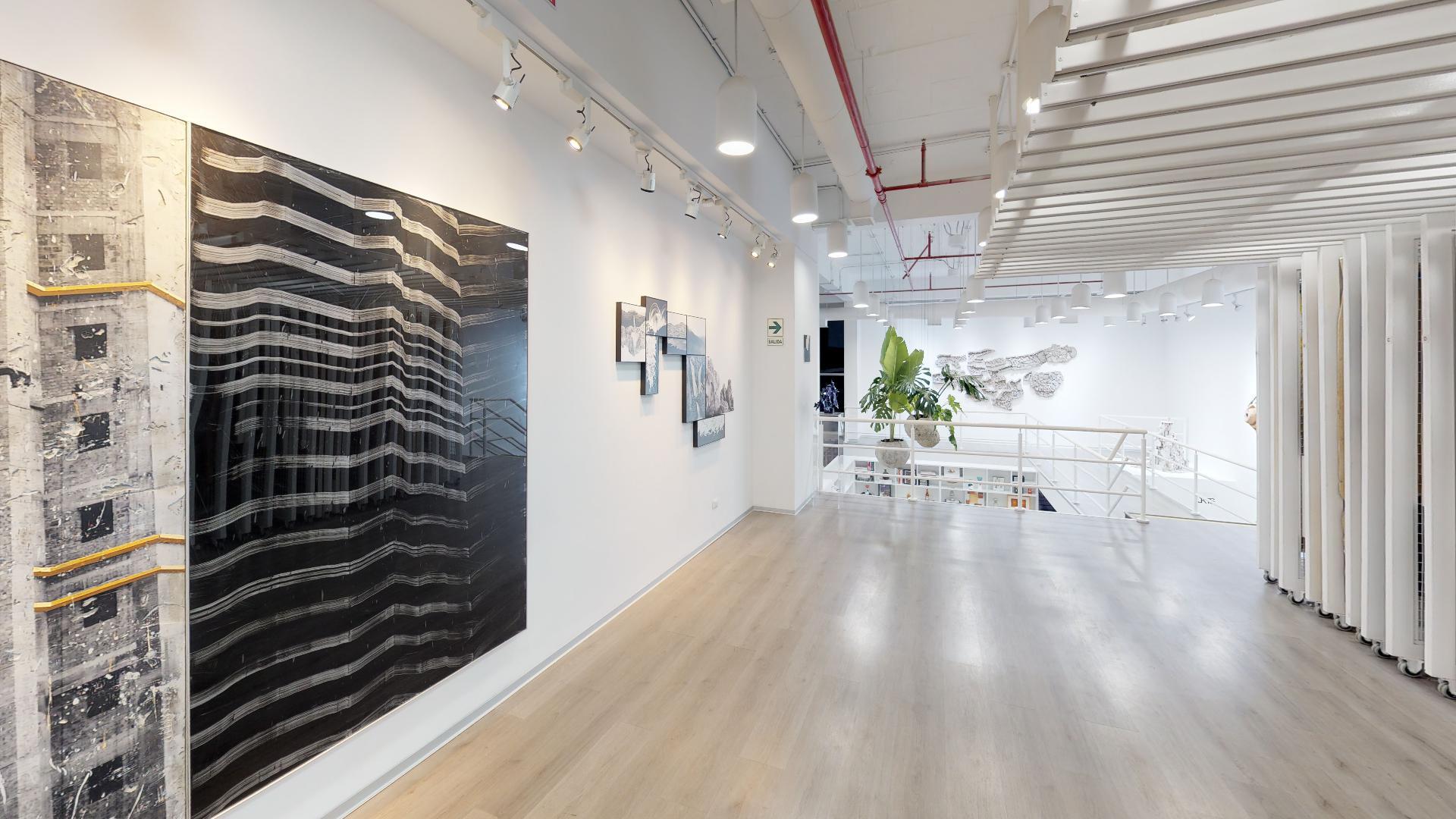 Entrada del recorrido virtual de la galería Impakto de arte moderno en Miraflores, Lima, Peru
