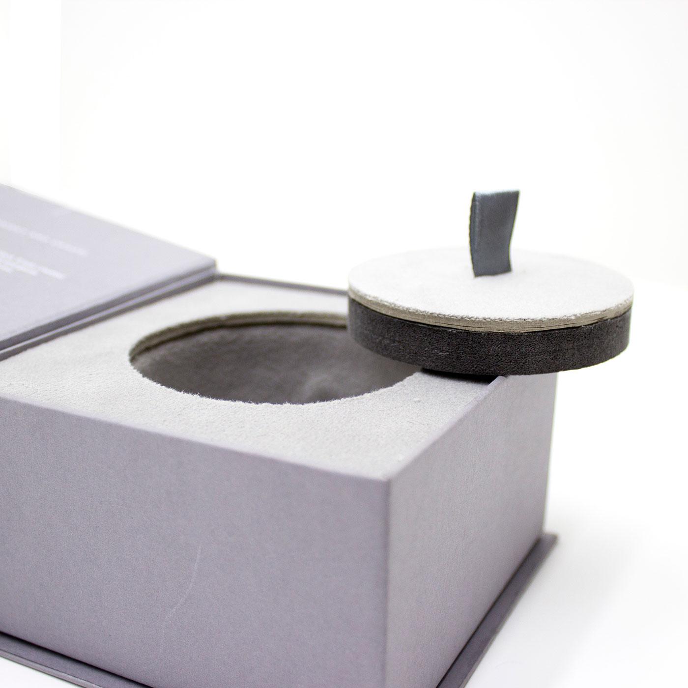 Ювелирная коробочка для кольца