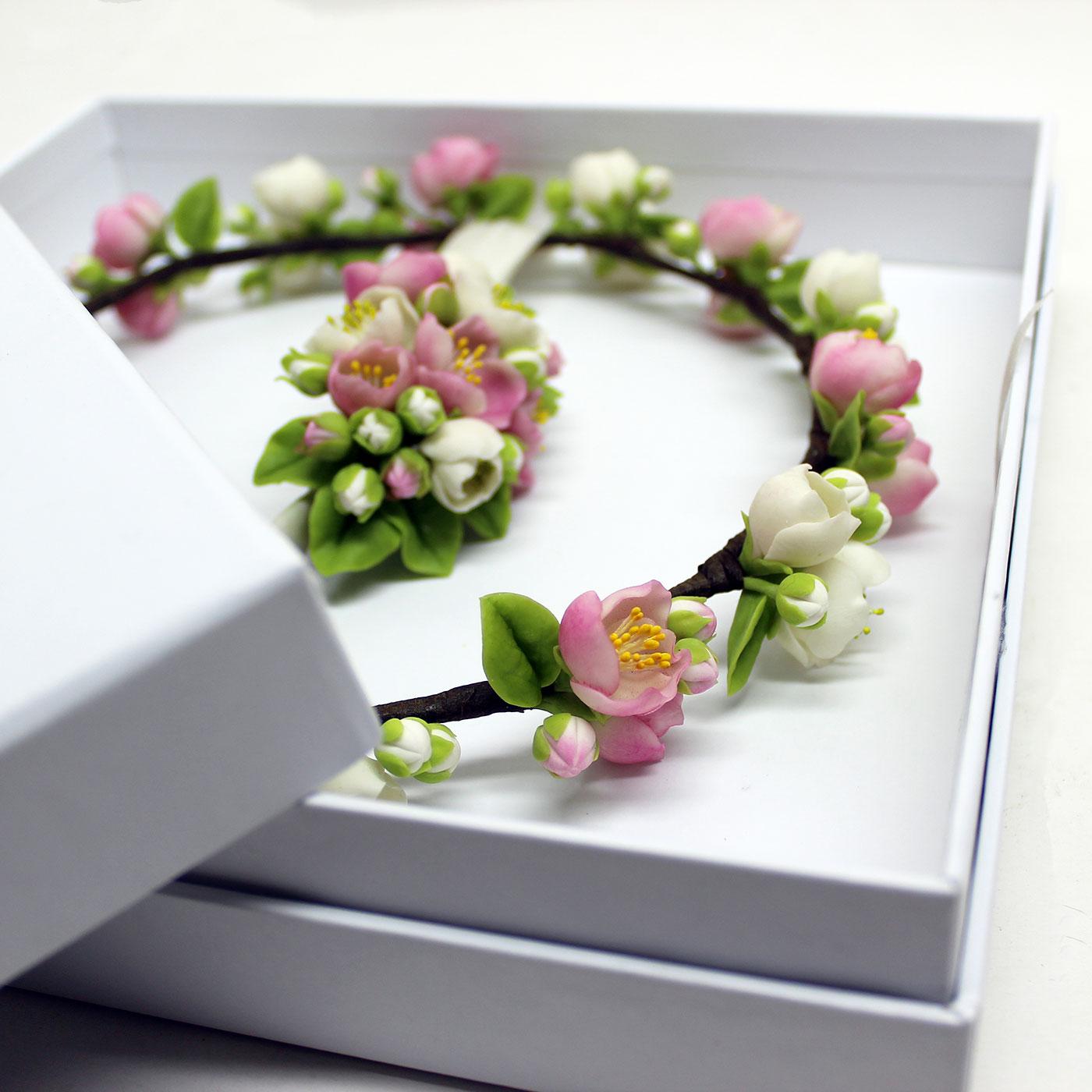 Кашированная коробка крышка-дно для свадебных аксессуаров