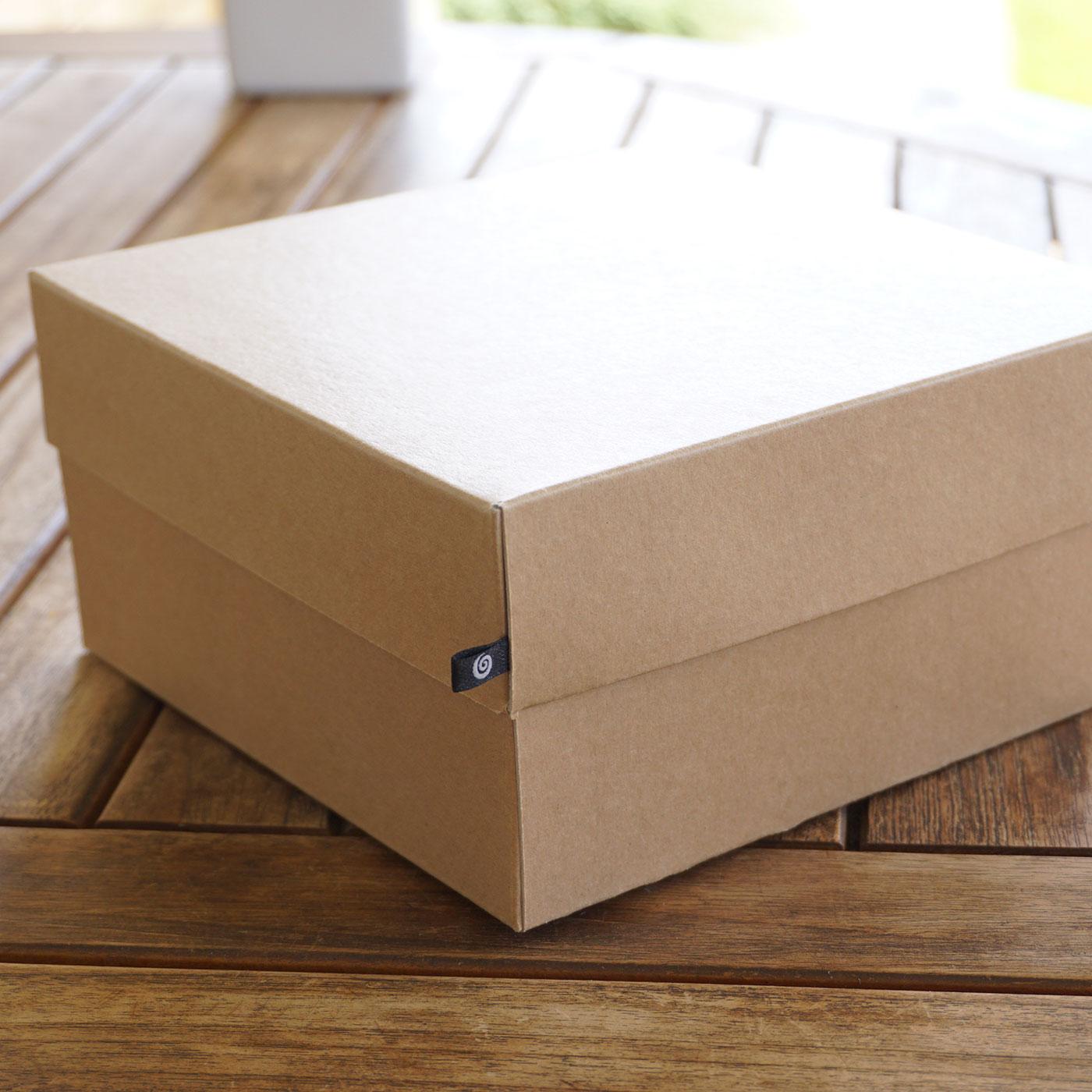 Крафт коробка для одежды