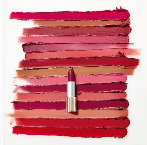 Triple deluxe lipstick