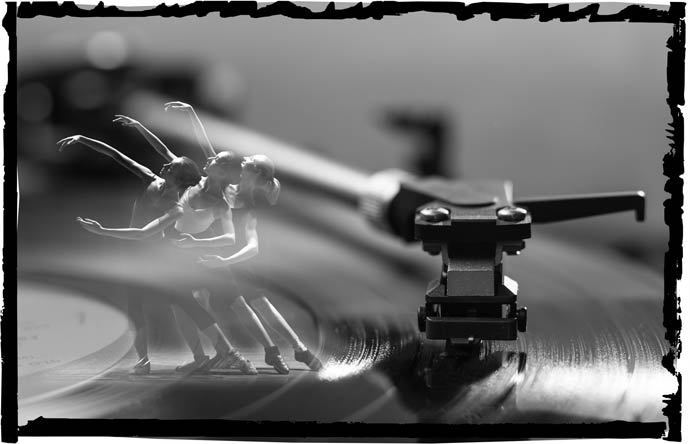 record player ballet dancers