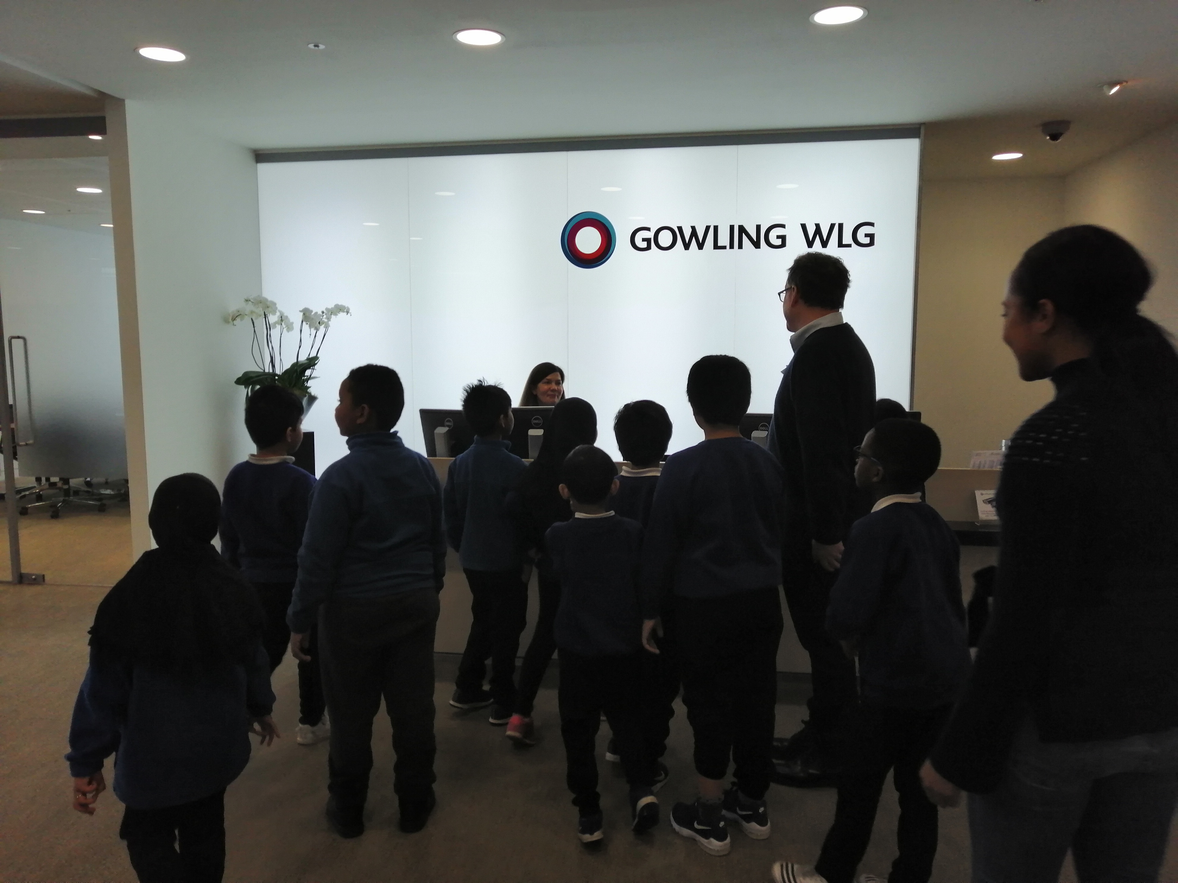 Students apply their Presenting skills as they take on the role of Gowling WLG clients at reception.