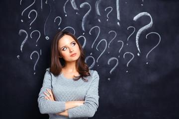 Vragen in een spel kunnen bestaan uit meerkeuze, een getal of een plek op de kaart als antwoord