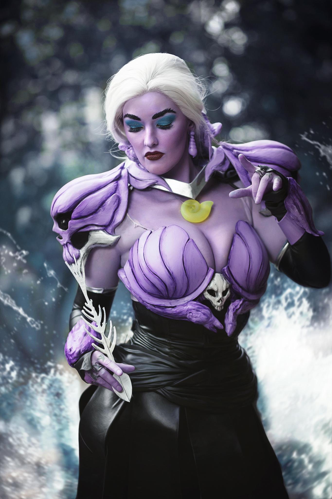 Armored Disney Villain Ursula Cosplay DragonCon #amiedd #3dPrinting