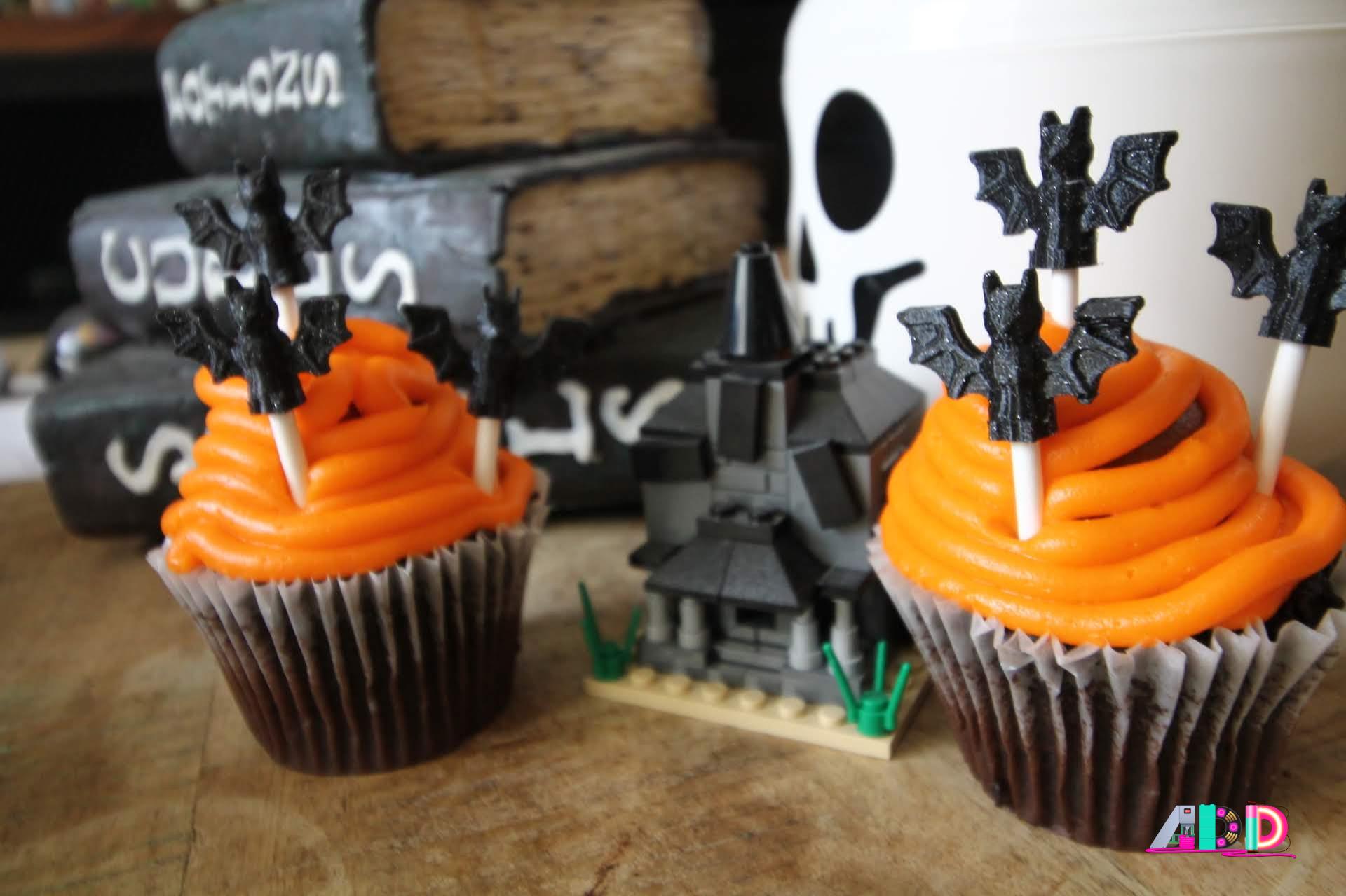 3D Printed Proto-Pasta LEGO bats | AmieDD