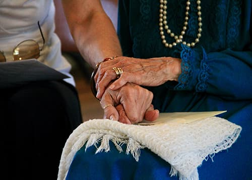 7 Signs of Elder Financial Abuse