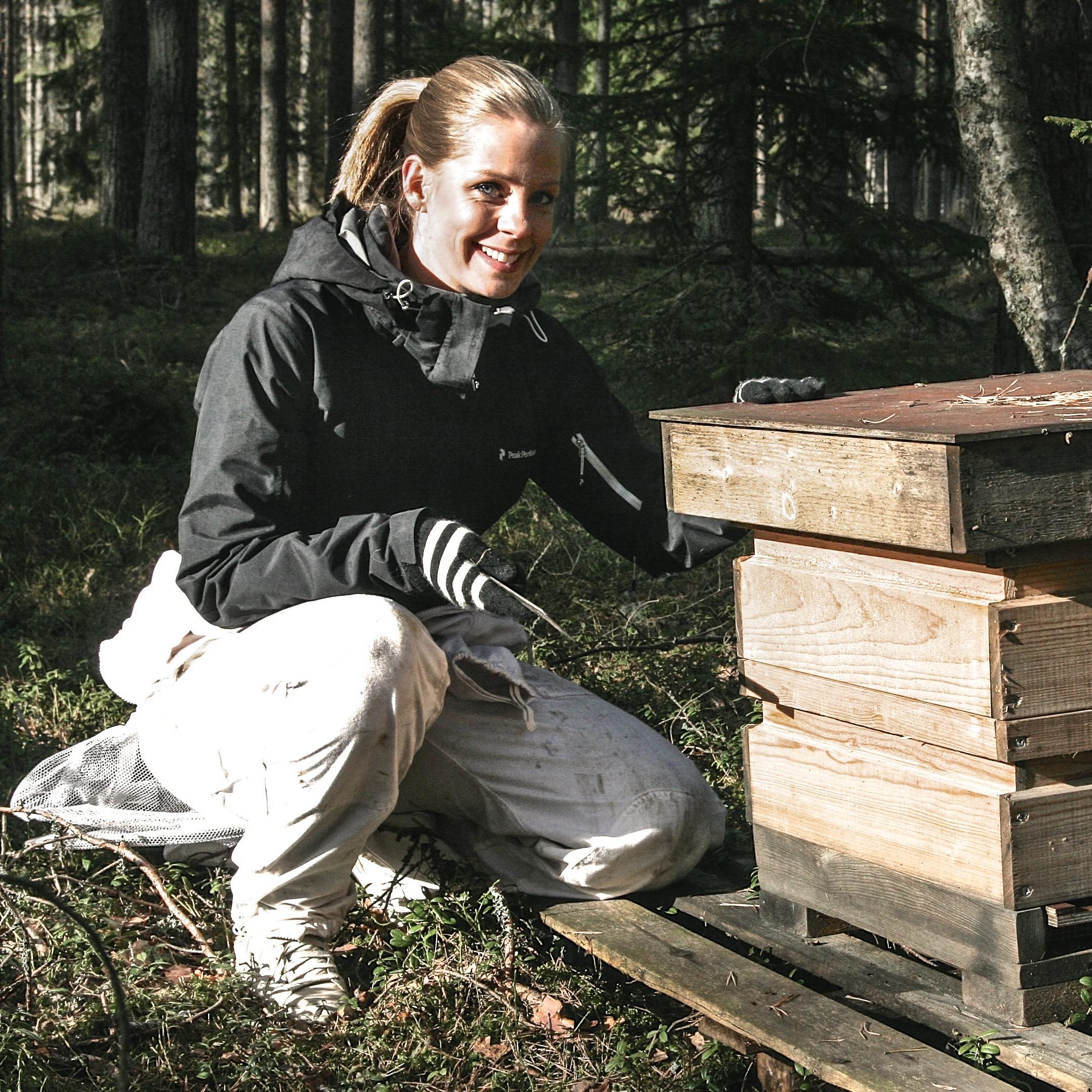 Queen beekeeper Kiia