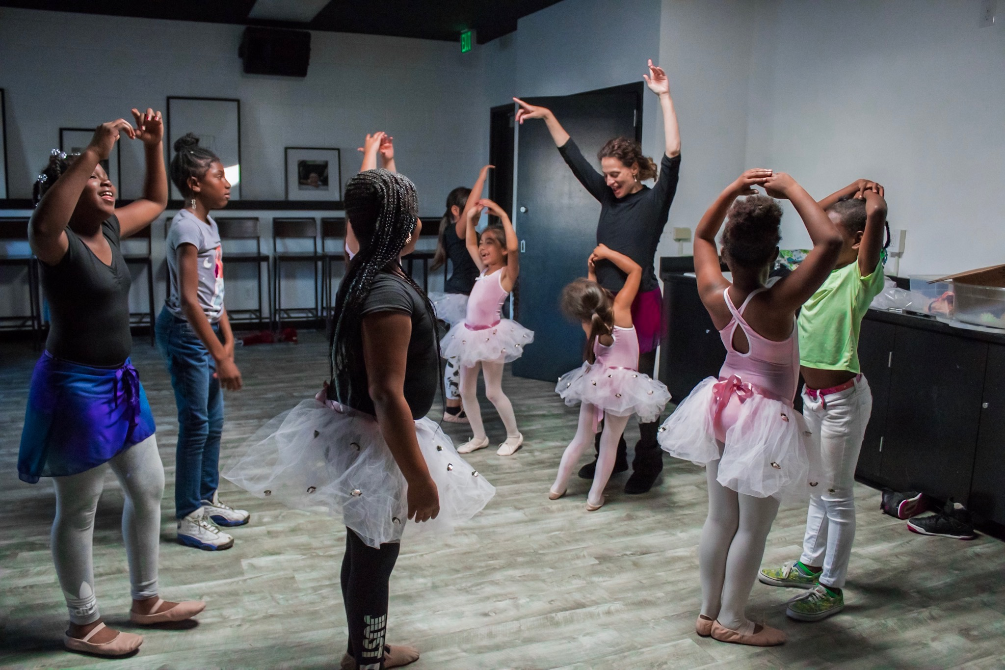 Kids dance classes | Pony Box Theatre