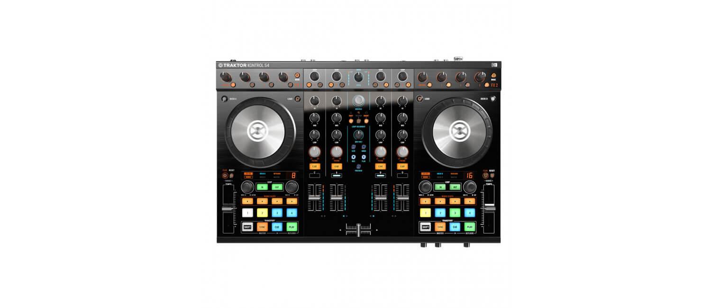 NI Traktor Kontrol S4 DJ Controller