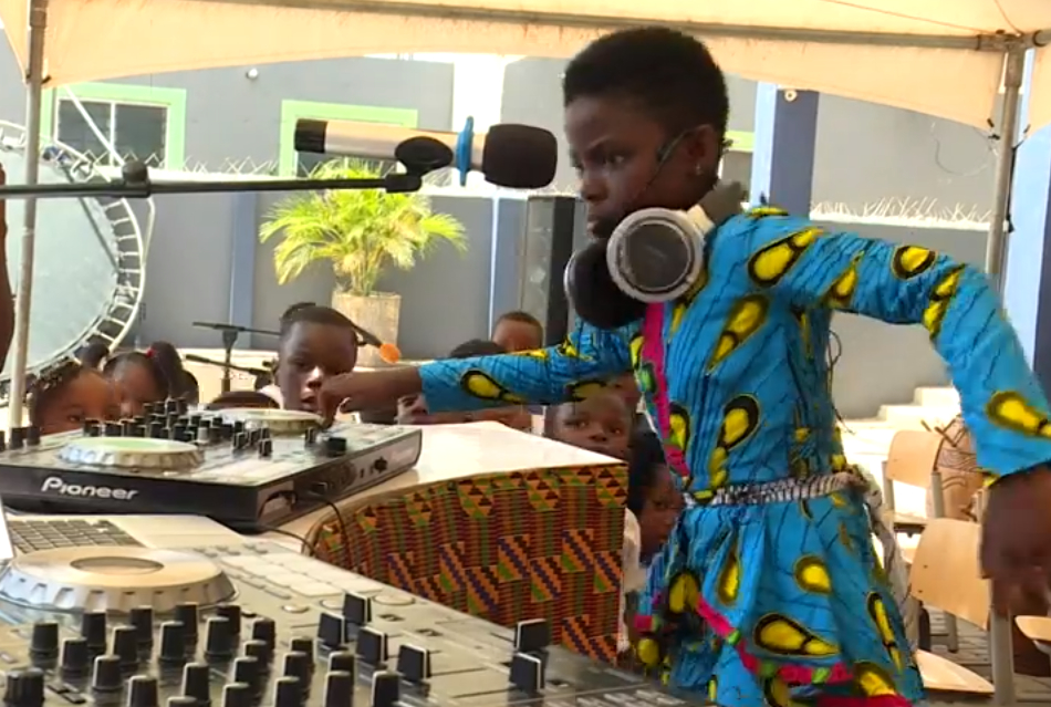10 Year Old DJ Set To Become The World's Youngest Superstar DJ