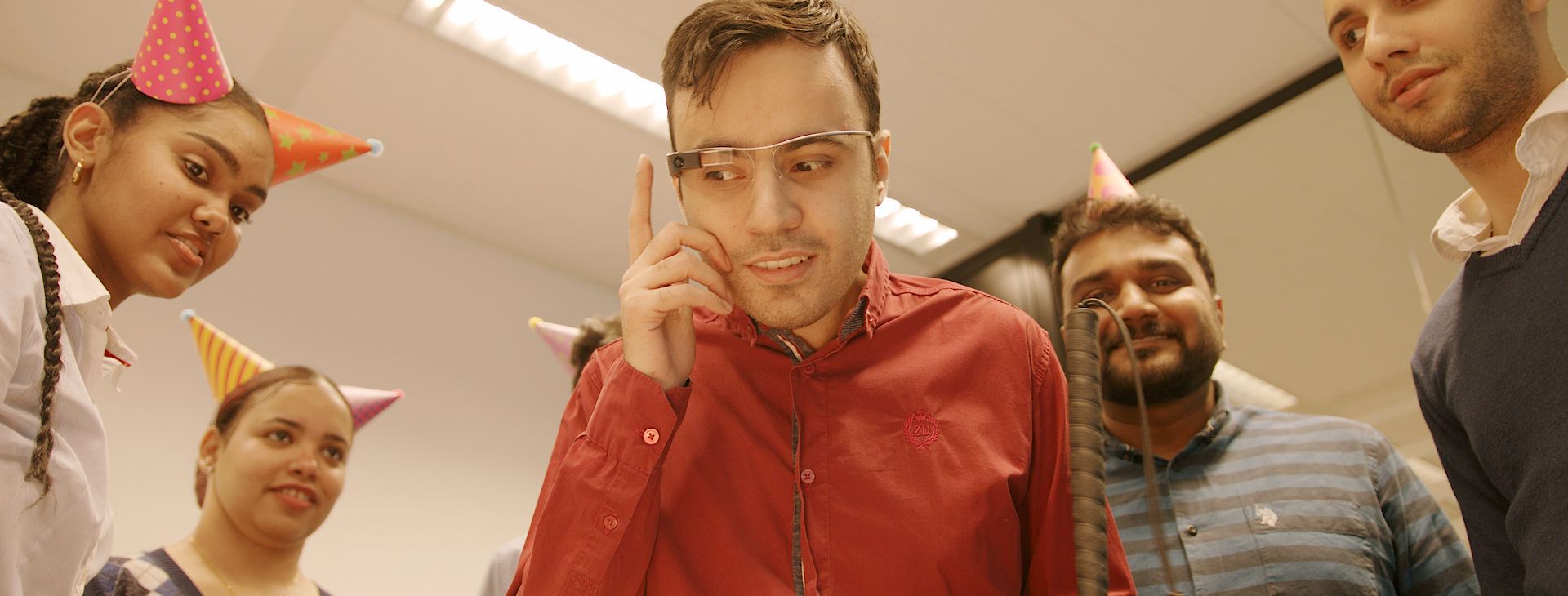 Person using Envision Glasses to describe a scene