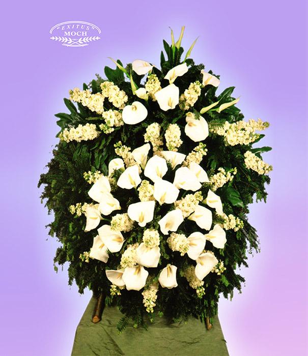 Wieniec z kwiatów białych