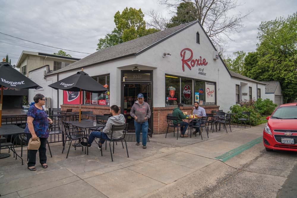 Exterior of Roxie Deli and Barbecue in Sacramento, CA
