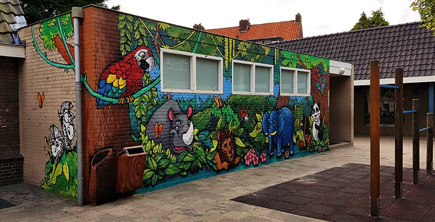 kids jungle forest theme animal wall art mural in a school playground