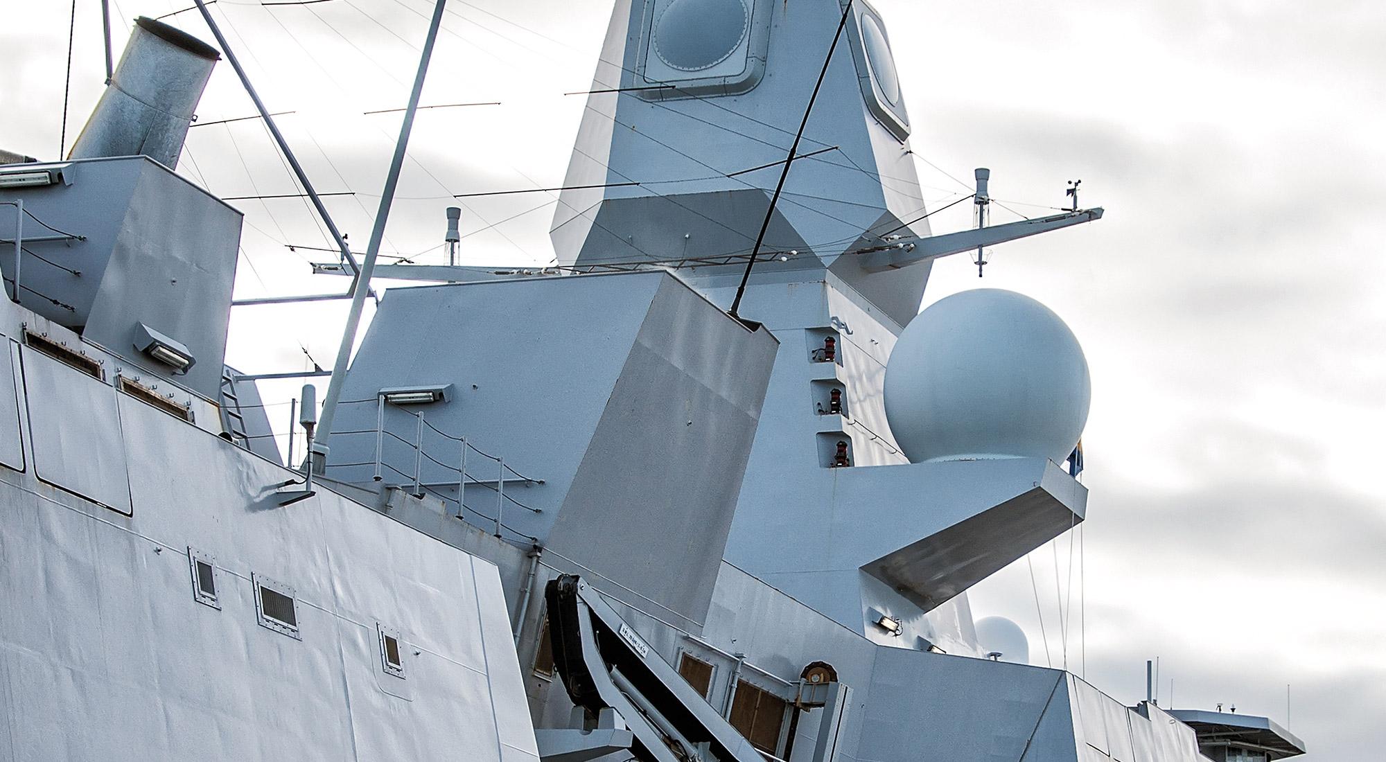 3sdl image of battle ship and radar technology