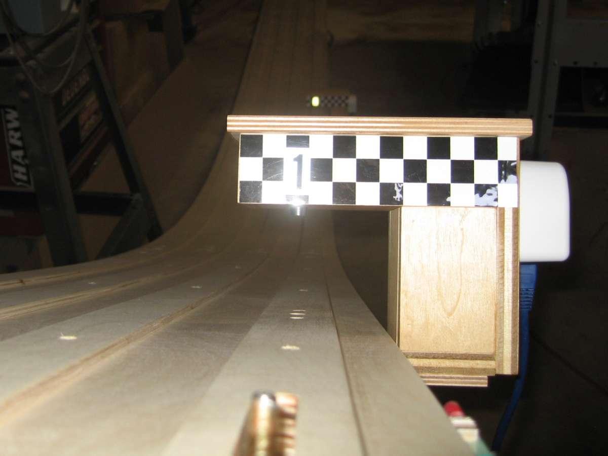 First lane sensor