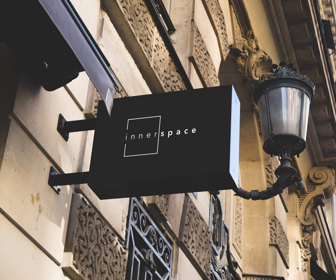 Innerspace street signage: the stylish and sophisticated symbol instantly attracts attention.