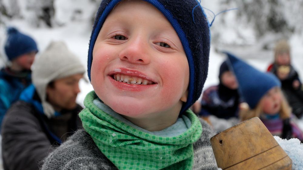 Gutt som smiler