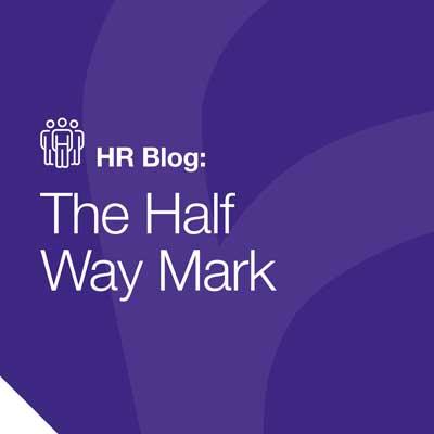 مدونه الموارد البشرية: علامة نصف الطريق