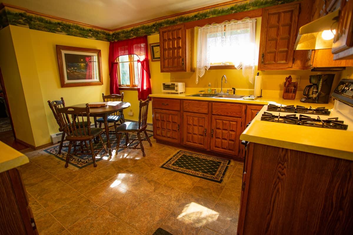 Sundown Chalet full kitchen