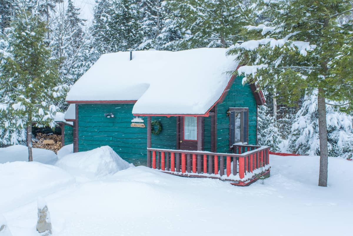 Guides Cabin exterior in winter