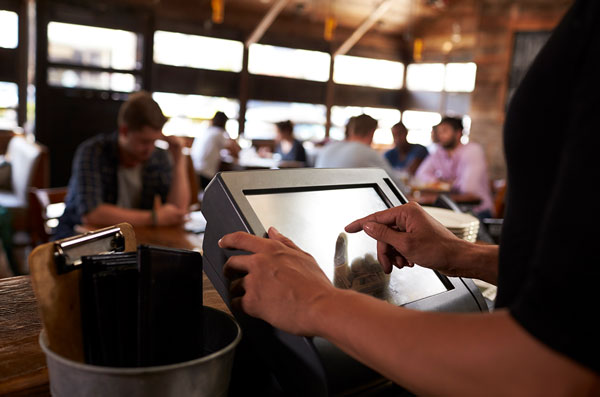 How Professionally Installed EPoS Systems Can Save Your Business Money