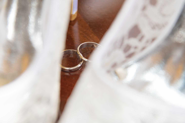 Bridal rings between shoes