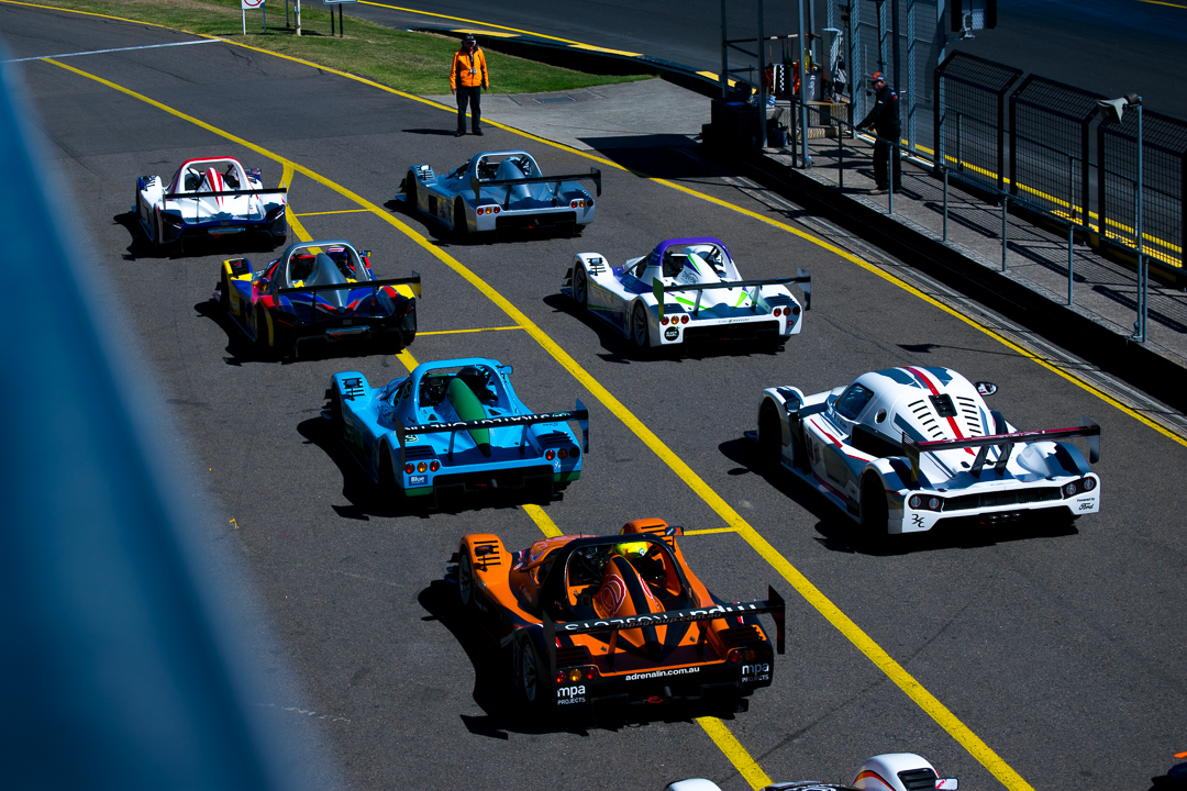 Grid line up radical race cars