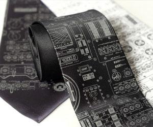 physics space necktie