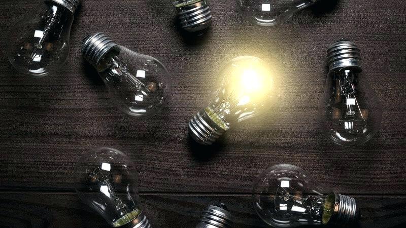 Lightbulbs on table