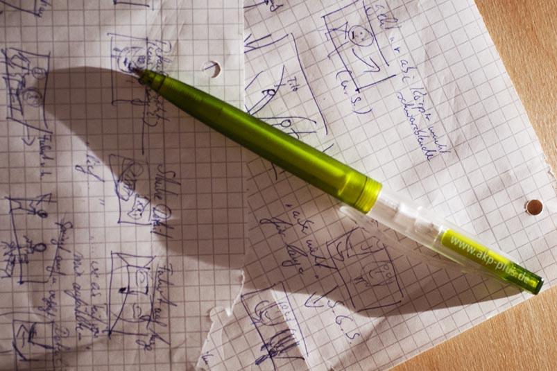 Stift auf Papier